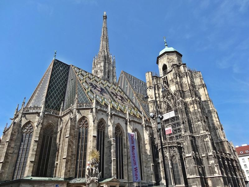 Stephansdom Vienna back view