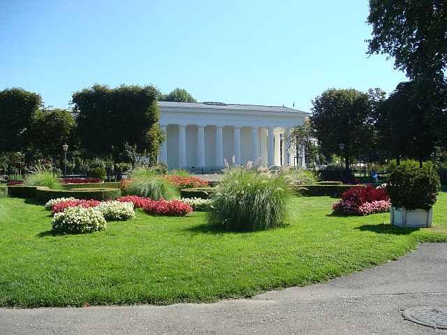 Volksgarten Vienna Park With Rose Garden Map Amp Info